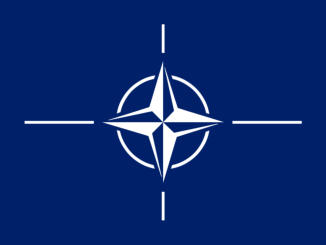 Bron: http://countries.wikia.com/  The official emblem of NATO at www.nato.int.